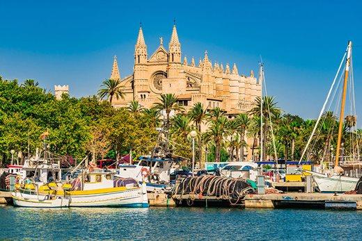 Palma Cathedral on Mallorca ( Spain )