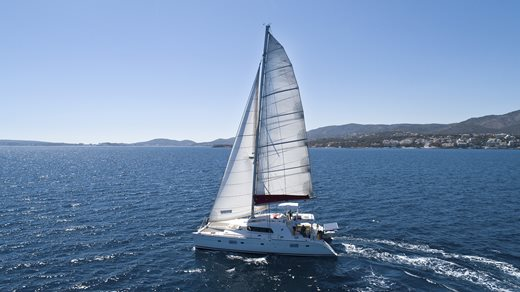 Sustainable holidays - Sailing instead of cruising is sustainability under full sail