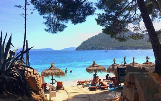 PLAYA DE FORMENTOR - Exclusive Caribbean beach in the north of Mallorca